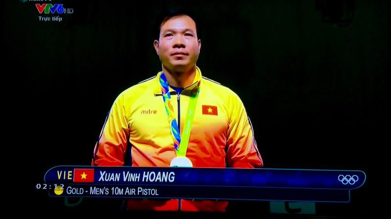 Nghẹt thở xem xạ thủ Hoàng Xuân Vinh đoạt HCV, phá kỷ lục Olympic - ảnh 4