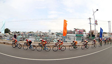 Lê Văn Duẩn thắng chặng khai mạc giải đua xe đạp đồng bằng sông Cửu Long 2016 - ảnh 4