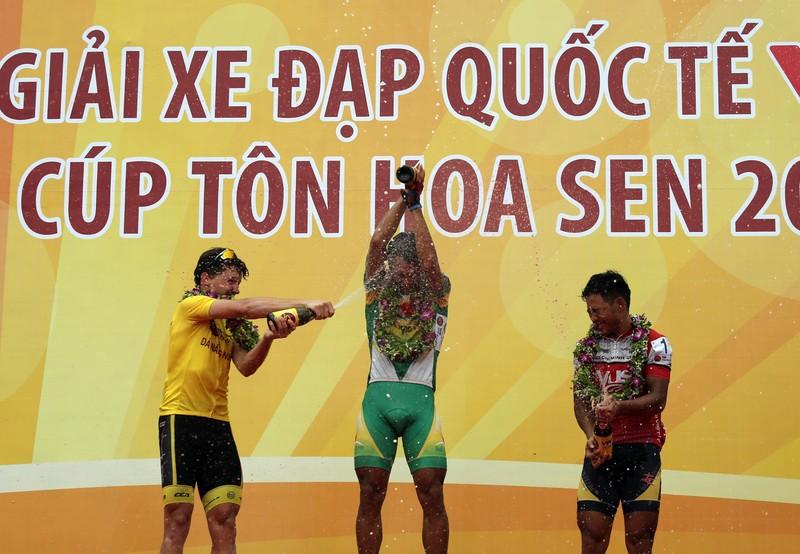 Nguyễn Thành Tâm giành chiến thắng ngoạn mục ở chặng 5 - ảnh 5