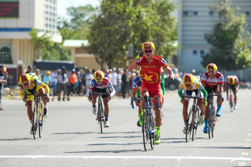 Huỳnh Thanh Tùng đoạt chiến thắng tại Phan Rang - ảnh 5