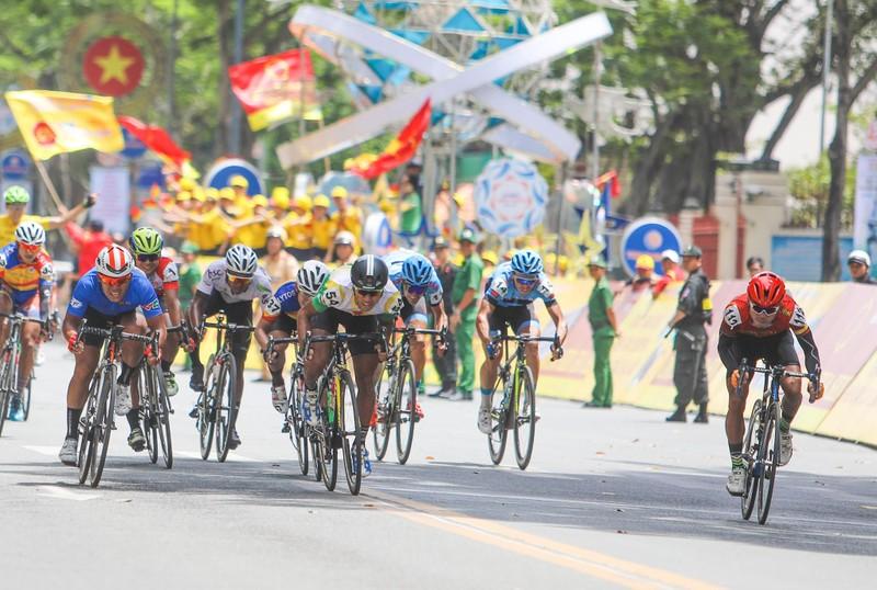 Áo vàng VTV Cup theo Jiung Jang về Hàn Quốc - ảnh 8