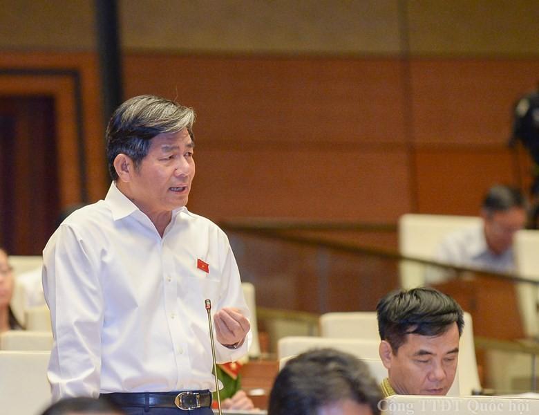 Nhiều đại biểu không đồng ý miễn nhiệm Bộ trưởng Bùi Quang Vinh - ảnh 1