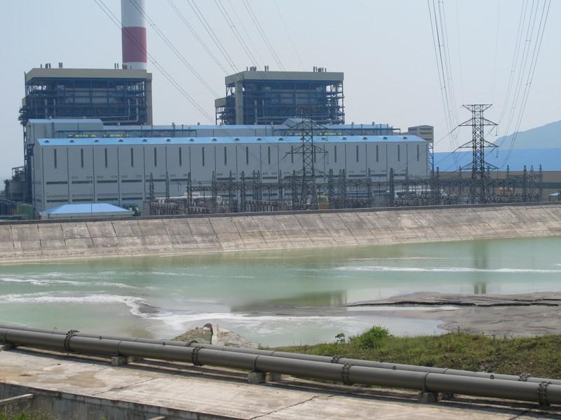 Cận cảnh nước thải đổ ra biển ở nhiệt điện Vũng Áng 1 - ảnh 5