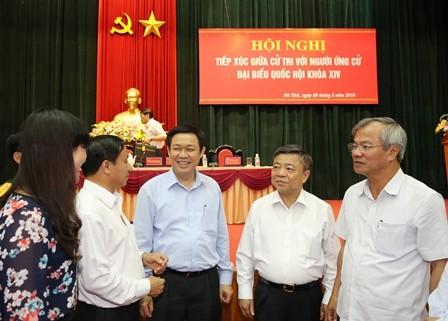 Phó Thủ tướng Vương Đình Huệ và phu nhân cùng ứng cử ĐBQH - ảnh 1
