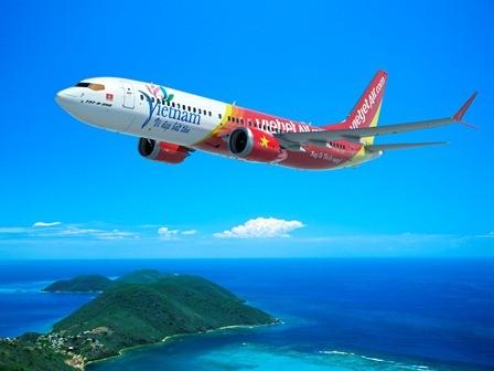 Đặt bút ký hợp đồng mua 100 máy bay Boeing trị giá 11,3 tỉ USD  - ảnh 1