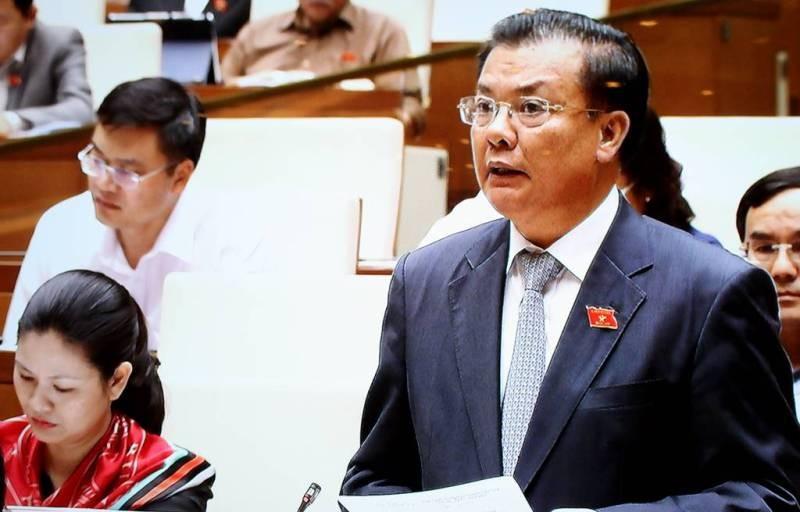 Bộ trưởng Đinh Tiến Dũng:Nợ công tăng,áp lực trả nợ lớn - ảnh 1