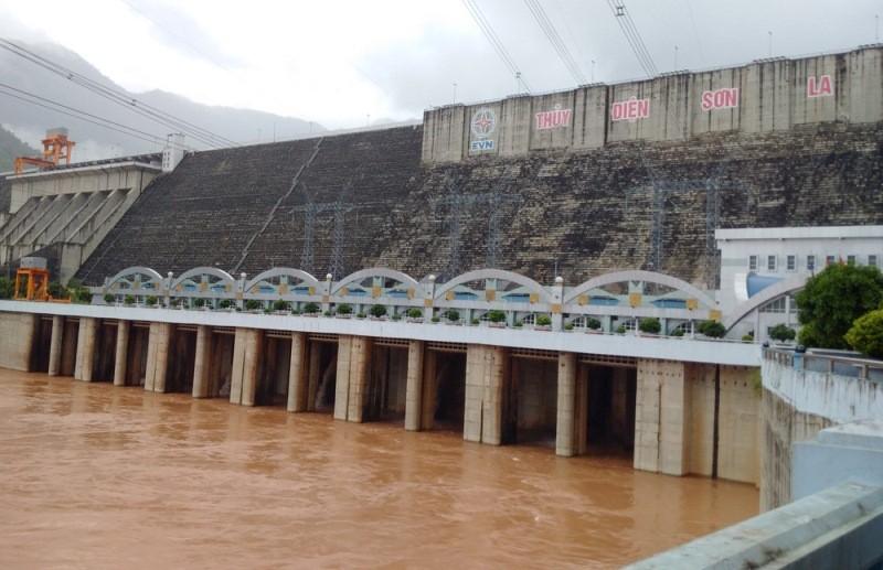 Thủy điện Sơn La đã phát điện trở lại - ảnh 1