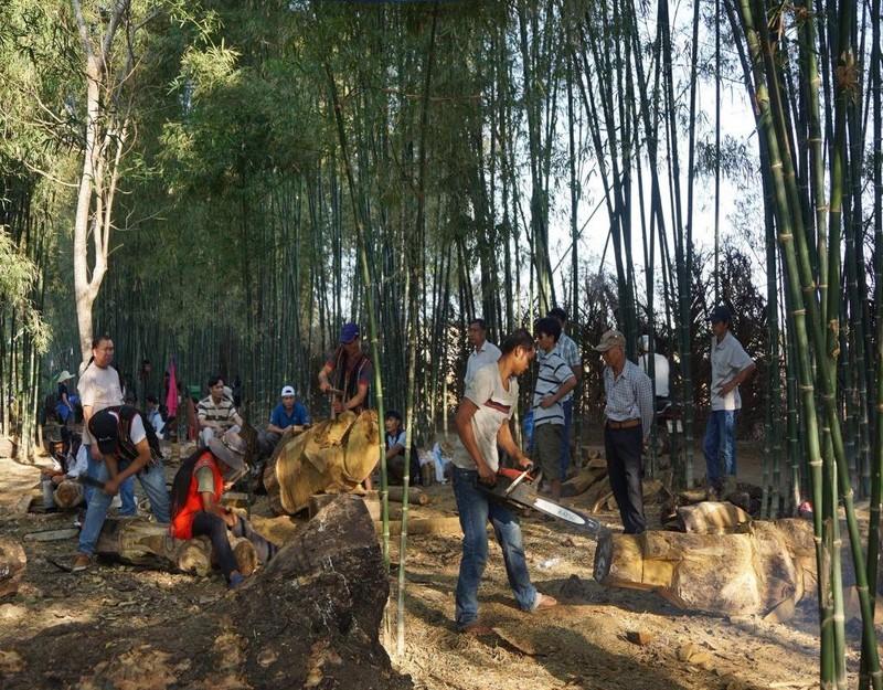 """Có tới 5 tỉnh tham gia hội thi"""" Tạc tượng gỗ các dân tộc Tây Nguyên""""."""