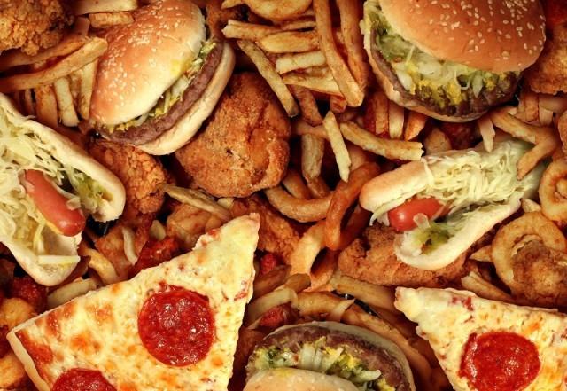 Ăn đồ ăn nhanh quá nhiều dễ làm tắt nghẽn não - ảnh 2