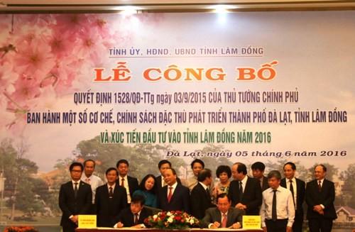 Agribank: Ký thỏa thuận hợp tác với UBND tỉnh Lâm Đồng - ảnh 1
