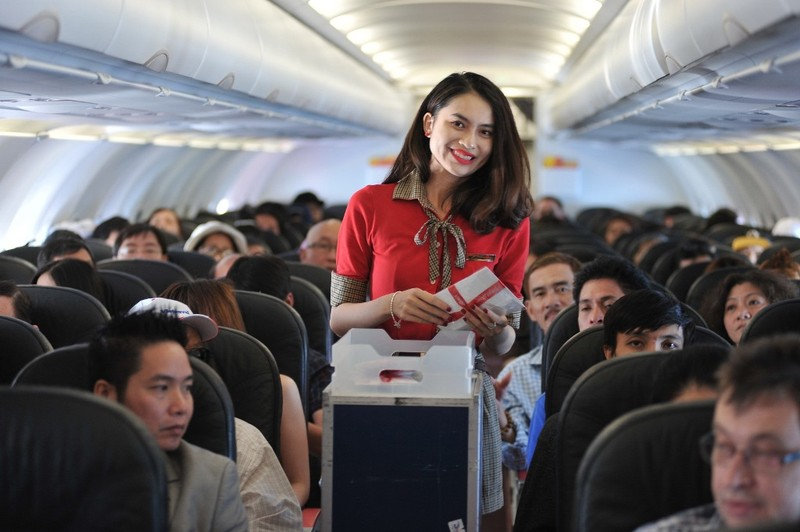 Vietjet tung 300.000 vé máy bay giá từ 0 đồng - ảnh 1