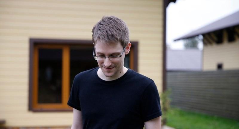 'Người thổi còi' Edward Snowden muốn về Mỹ 'chịu tội' - ảnh 1