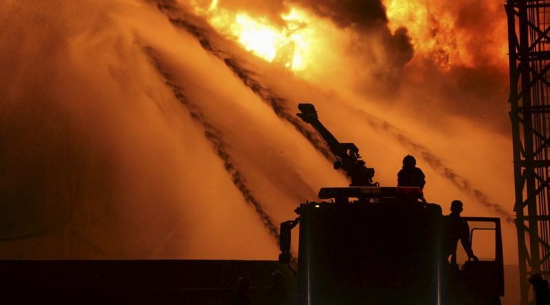 Thiên Tân rung chuyển: Lại nổ hóa chất trong đêm - ảnh 1