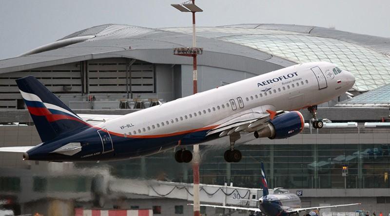 Nga cấm công chức đi công tác bằng hãng bay nước ngoài - ảnh 1