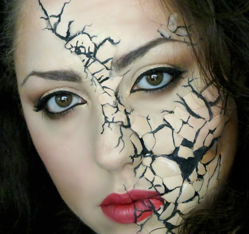 Sản phẩm hóa trang Halloween có thể gây ung thư - ảnh 1
