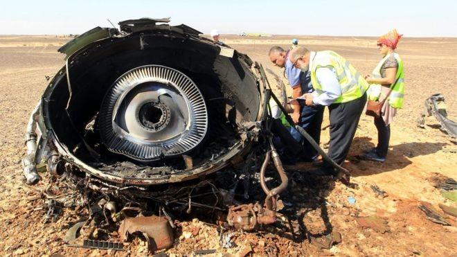 Máy bay Nga có thể đã vỡ tung trên không trung - ảnh 1