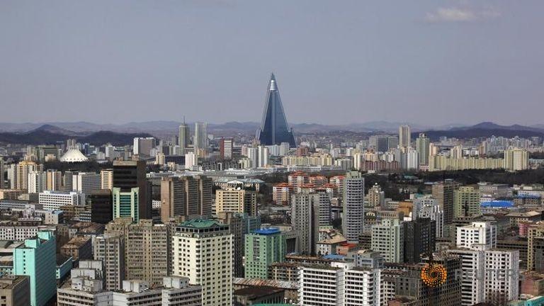 Triều Tiên mở tour du lịch ngắm cảnh bằng trực thăng - ảnh 1