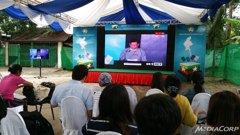 Đảng của Aung San Suu Kyi thắng đậm trong đợt công bố thứ nhất - ảnh 1