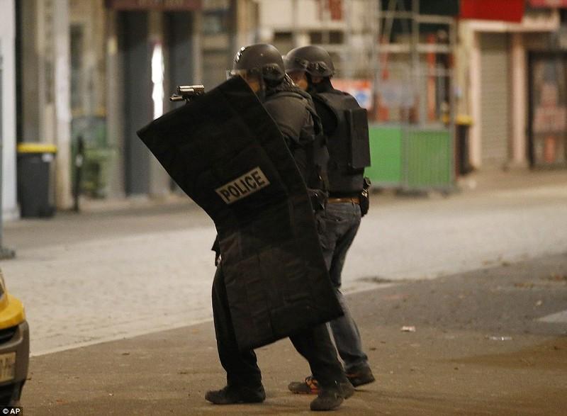 Tổng hợp diễn biến chính vụ vây ráp chủ mưu tấn công Paris - ảnh 2