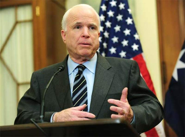 John McCain hy vọng Việt Nam tuần tra biển Đông cùng Mỹ - ảnh 1