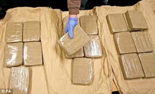 Úc tuyên án tù với ba người Việt buôn heroin - ảnh 1