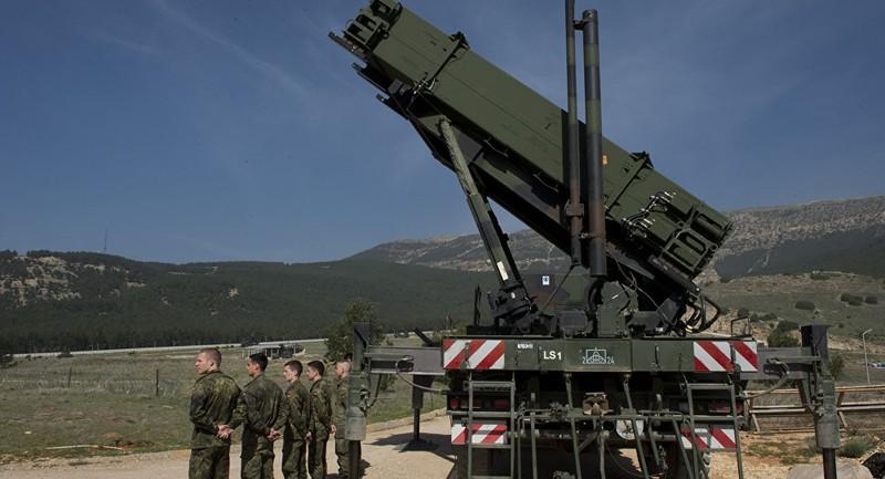 NATO tuyên bố tăng cường phòng không cho Thổ Nhĩ Kỳ - ảnh 1