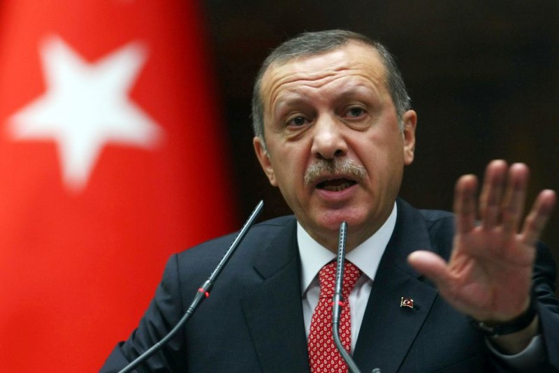 Chiếc điện thoại di động 'tố' Thổ Nhĩ Kỳ hỗ trợ IS  - ảnh 1