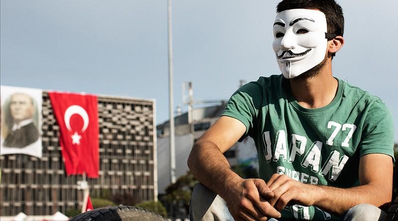 Nhóm hacker Anonymous tuyên chiến với Thổ Nhĩ Kỳ - ảnh 1