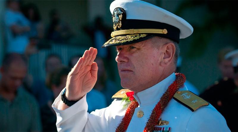 Chuẩn đô đốc Mỹ mất chức vì xem ảnh đồi trụy - ảnh 1