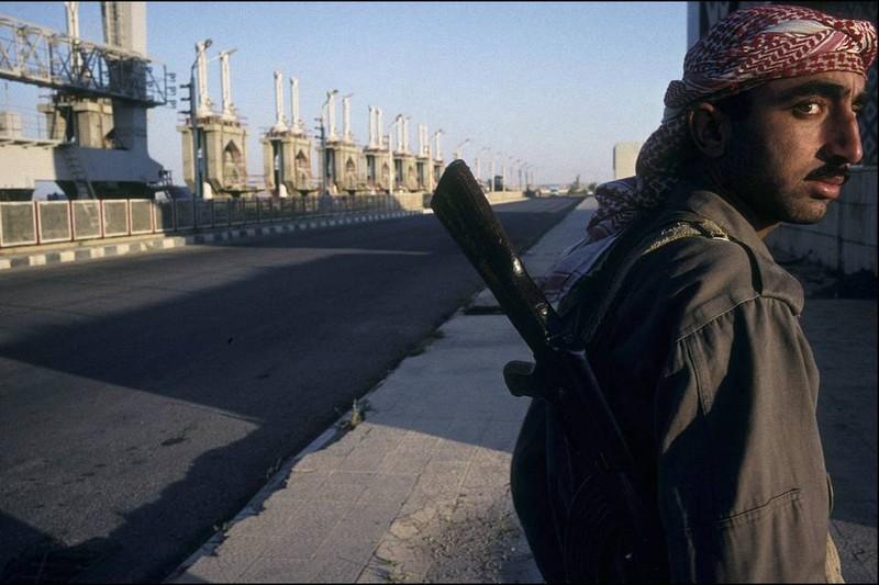 Mỹ không dám không kích IS vì sợ 'đại hồng thủy' - ảnh 1