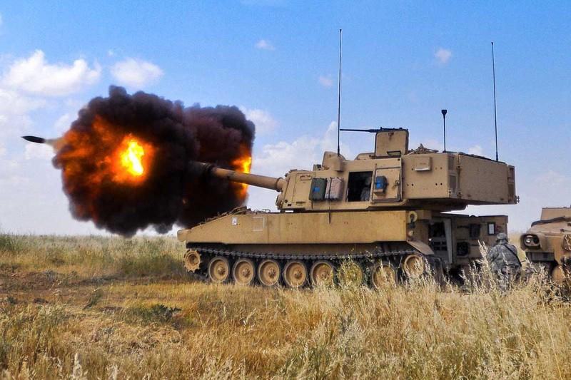 Mỹ có thể triển khai pháo di động đến biển Đông - ảnh 1