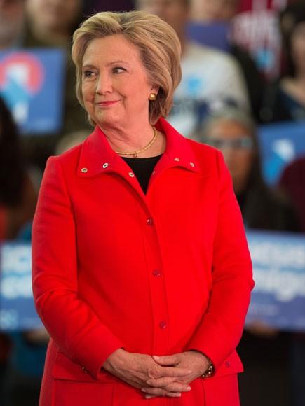 Phát hiện tài liệu 'tối mật' trong máy tính gia đình Hillary Clinton - ảnh 1