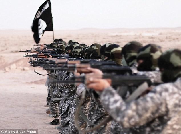 22.000 chiến binh IS bị lộ danh tính - ảnh 1