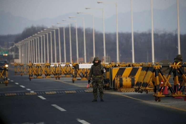 Triều Tiên hủy bỏ mọi thỏa thuận hợp tác kinh tế liên Triều - ảnh 1