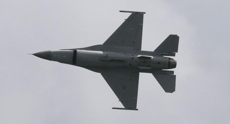 Ấn Độ phản đối Mỹ bán F-16 cho Pakistan để chống khủng bố - ảnh 1