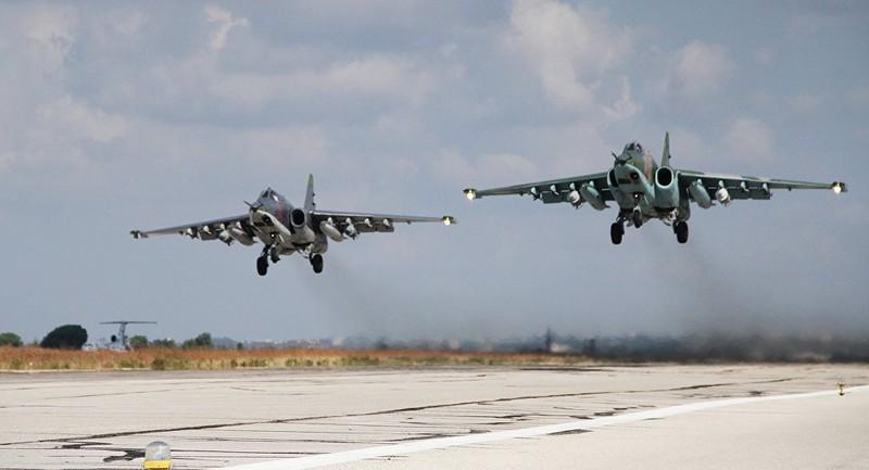 Su-25 Nga thả 6.000 quả bom trong chiến dịch ở Syria  - ảnh 1