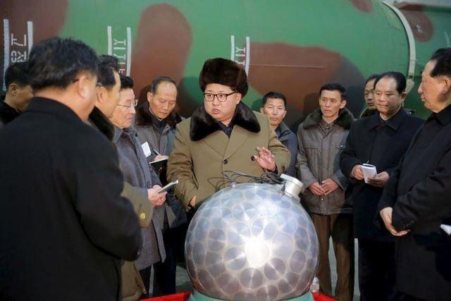Mỹ lo ngại Triều Tiên đã sở hữu đầu đạn hạt nhân thu nhỏ - ảnh 1