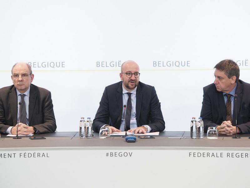 Hai Bộ trưởng Bỉ đồng loạt từ chức sau vụ khủng bố Brussels - ảnh 1
