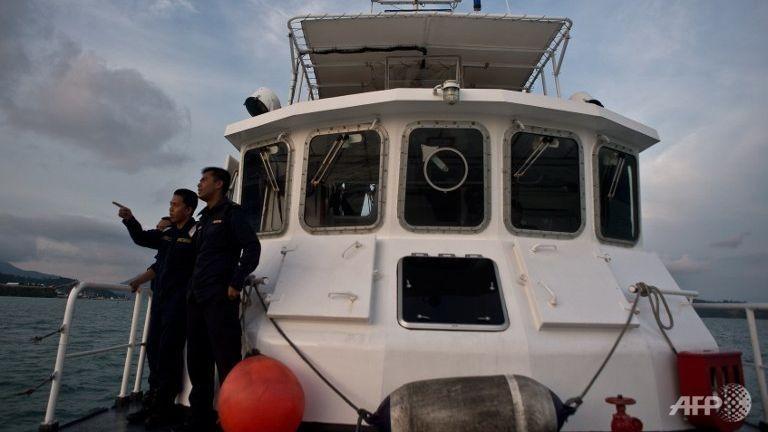 Gần 100 tàu Trung Quốc tràn vào biển Malaysia - ảnh 1