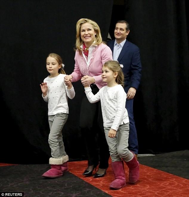 Ted Cruz bị tố là khách hàng của đường dây gái gọi cao cấp - ảnh 2