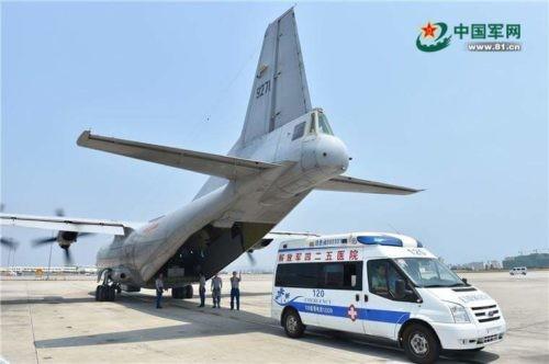 Trung Quốc điều máy bay quân sự phi pháp ra đá Chữ Thập - ảnh 1