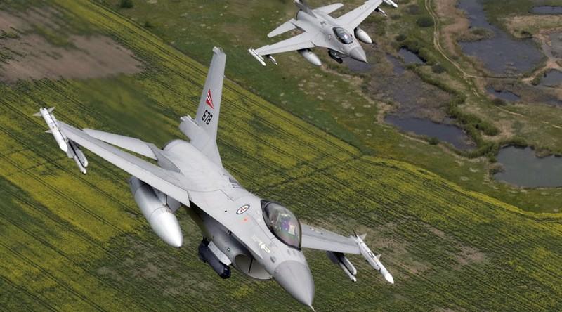 Chiến đấu cơ Na Uy bắn nhầm vào tháp kiểm soát - ảnh 1