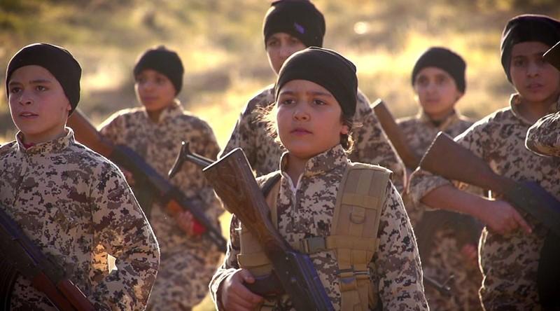 Đội quân 'trẻ mồ côi' IS thề trả thù - ảnh 1