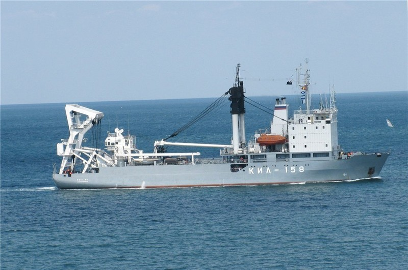 Nga bị tố chở 2 xe tăng vượt biển tới Syria - ảnh 1