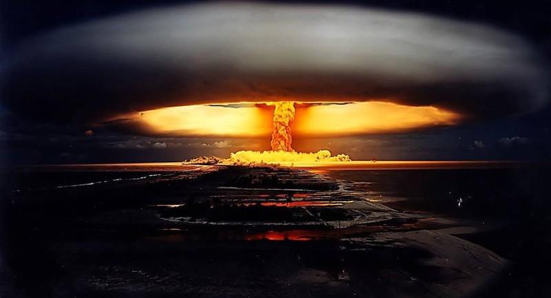 Tướng NATO cảnh báo chiến tranh hạt nhân với Nga trong vòng 1 năm nữa - ảnh 1