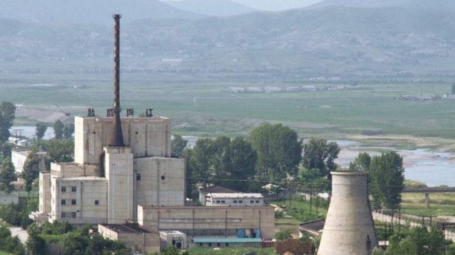 Triều Tiên thề phát triển thêm vũ khí hạt nhân  - ảnh 1