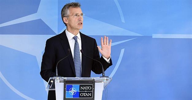 NATO yêu cầu Nga rút quân, thiết bị quân sự khỏi Ukraine - ảnh 1