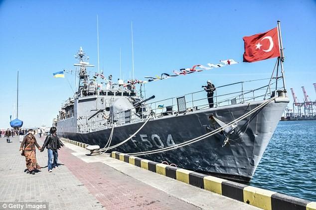 tàu hải quân Thổ Nhĩ Kỳ