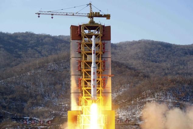 Triều Tiên phóng vệ tinh lên quỹ đạo