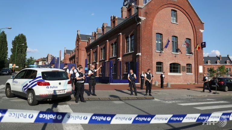 tấn công bằng dao ở Bỉ
